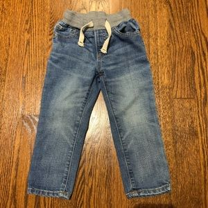 LIKE NEW Gap Slim Elastic Waist Jeans